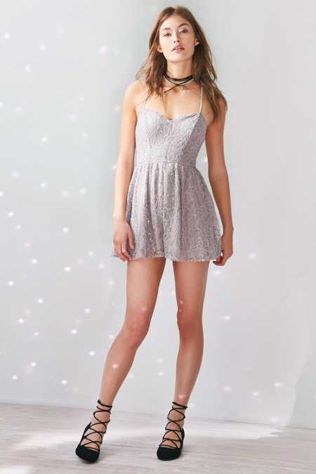 Kimchi Blue Victoria Sweetheart Shimmer Lace Romper