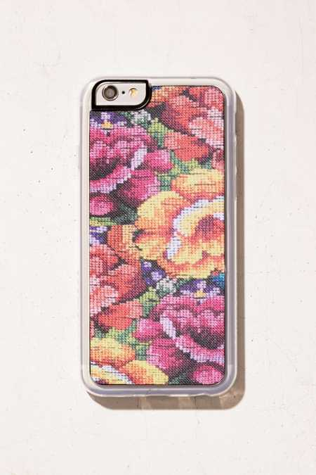 Zero Gravity Fabric Pixel Roses iPhone 6/6s Case