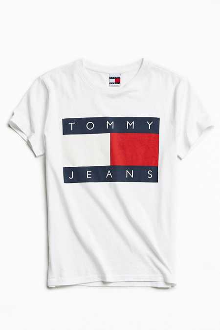 Tommy Jeans For UO '90s Logo Tee
