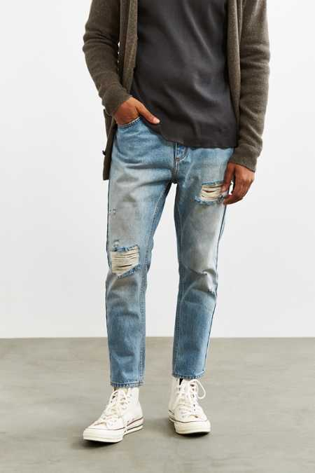 Rolla's X UO Destroyed Stonewash Stubbs Cropped Jean