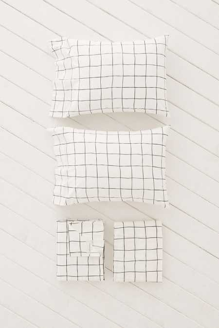 Wonky Grid Sheet Set