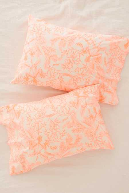 Delicate Botanical Pillowcase Set