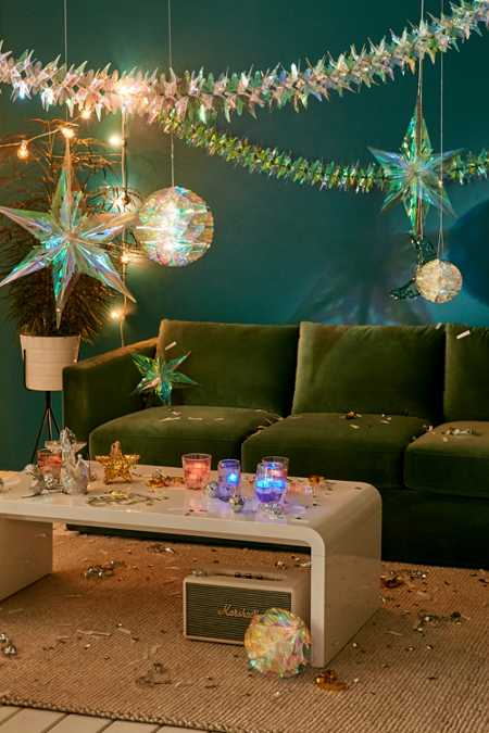 Iridescent Star Decor Set