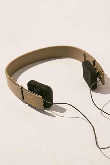B&O Play + UO Form 2i Headphone