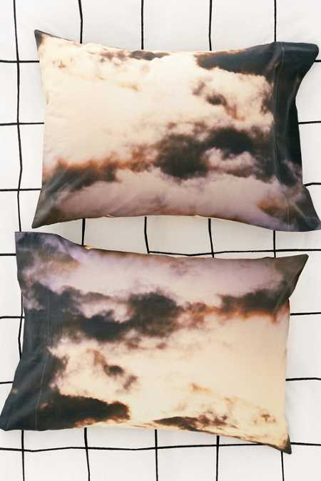 C. Michael Frey X UO Clouds Pillowcase Set