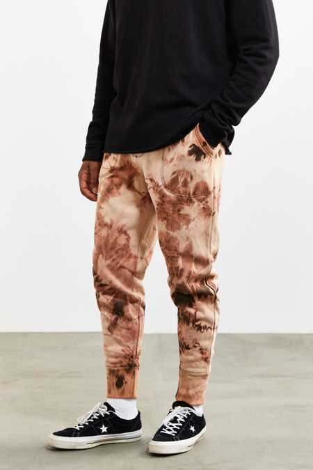 UO Bleached Cloud Wash Knit Jogger Pant