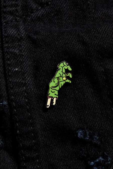 UO Severed Hand Pin