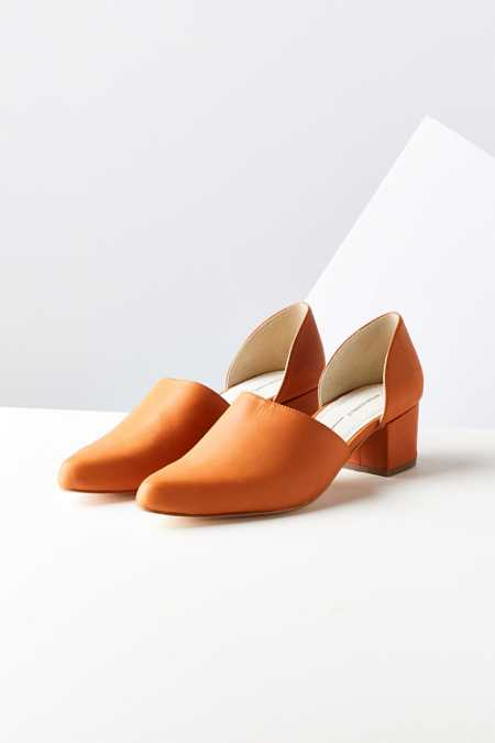 Intentionally Blank Perf Heel