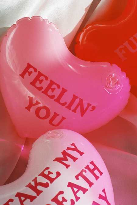 Inflatable Message Hearts Set
