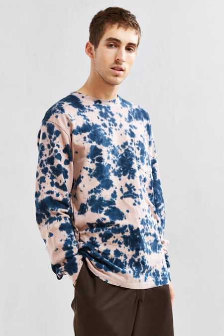 UO Dye Effect Long Sleeve Tee