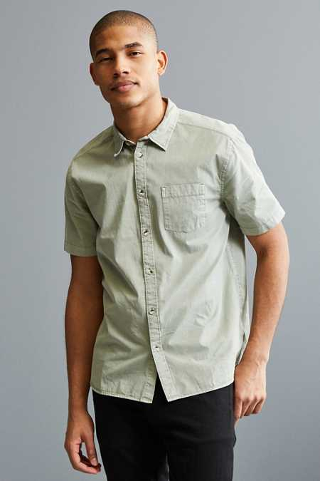 UO Overdyed Pigment Short Sleeve Button-Down Shirt