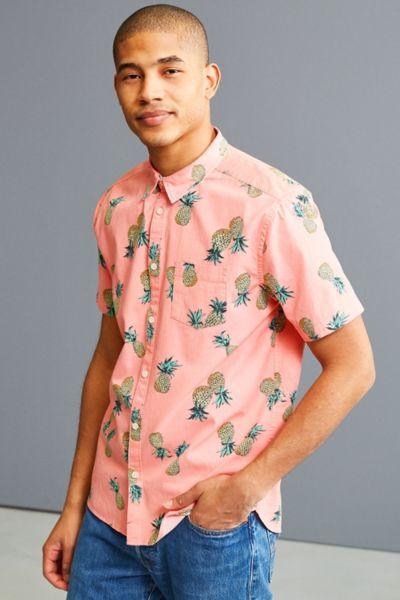UO Pineapple Toss Short Sleeve Button-Down Shirt