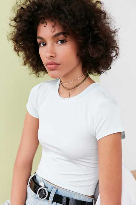 Silence + Noise Virtual Babe Cropped Tee