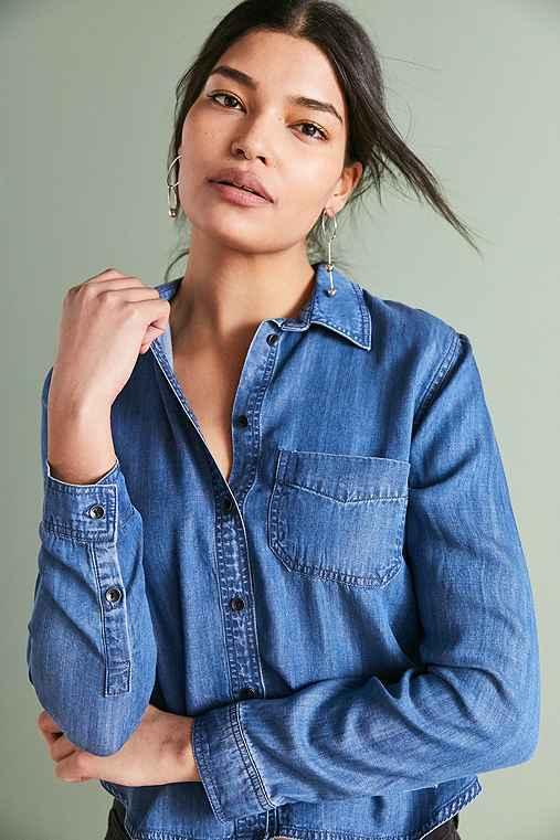 BDG Clara Denim Button-Down Shirt,TINTED DENIM,XS