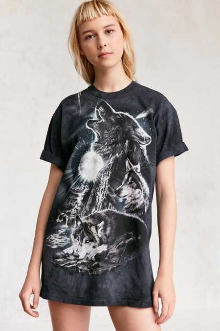 The Mountain Tie-Dye Wolves Tee