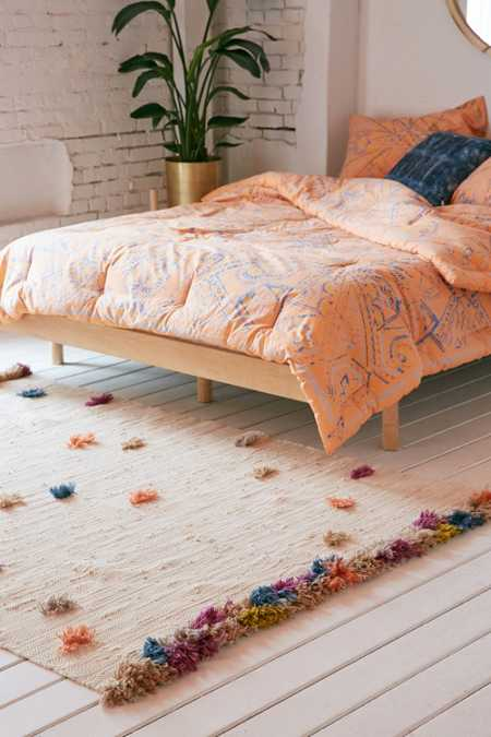 Feliz Rainbow Tufted Rug