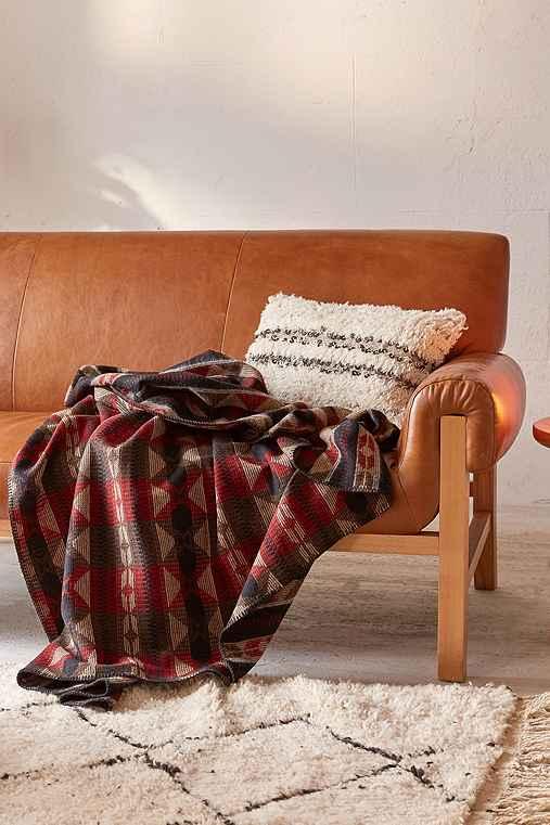 Johnson Woolen Mills Fisher Cat Throw Blanket,BROWN,ONE SIZE