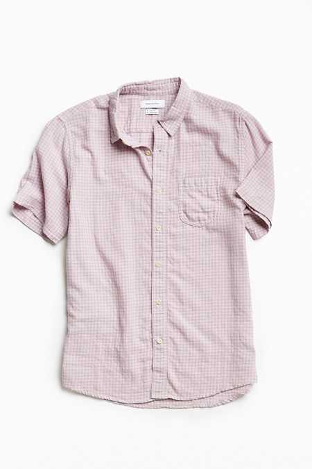 UO Gingham Plaid Short Sleeve Button-Down Shirt