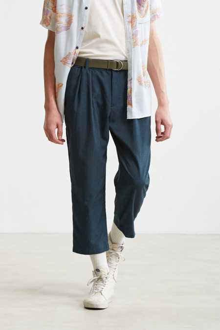 UO Asher Relaxed Cropped Dress Pant