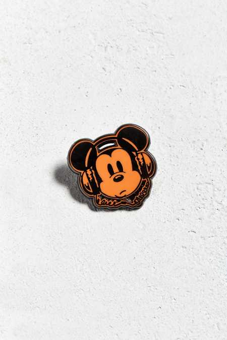 Vintage Mickey Headphones Pin
