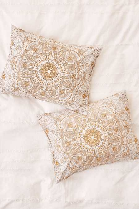 Amalie Medallion Sham Set