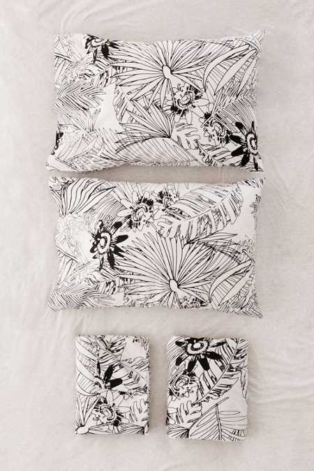 Graphic Palm Sheet Set