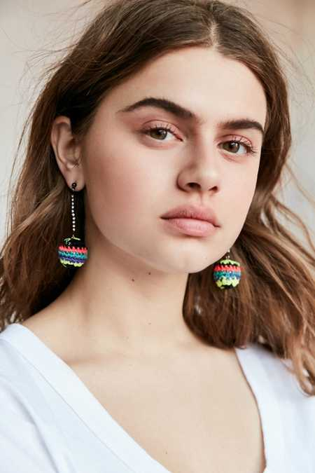 Venessa Arizaga Catch The Rainbow Earring