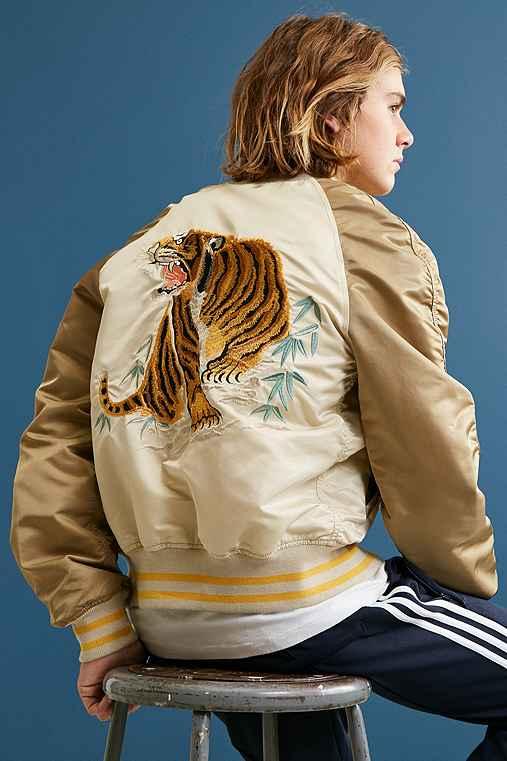 Alpha Industries Tiger Souvenir Jacket,CREAM MULTI,S