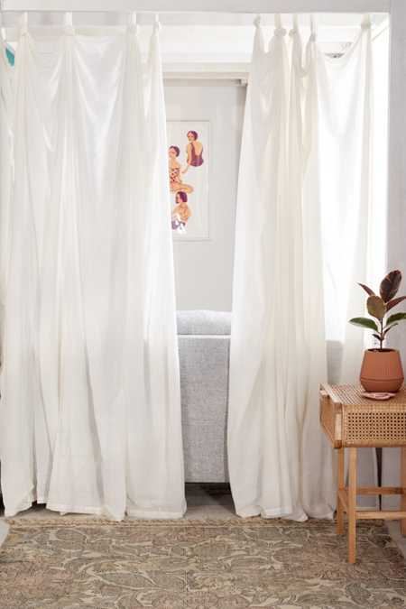 Knotted Window Curtain
