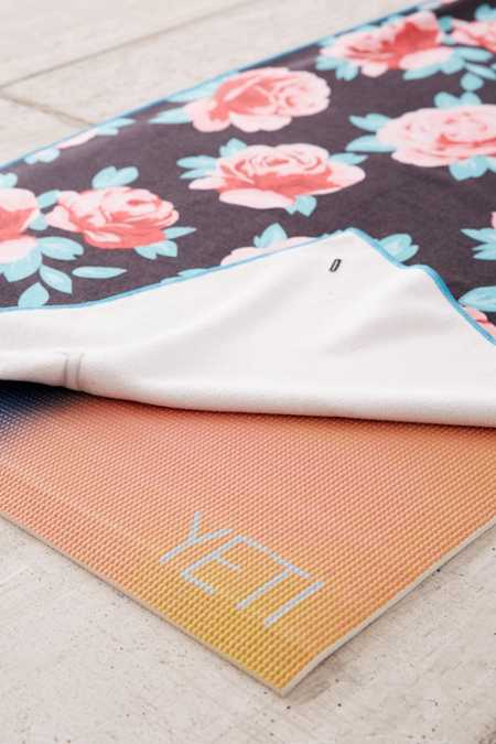 Nomadix Rose Water Yoga Towel