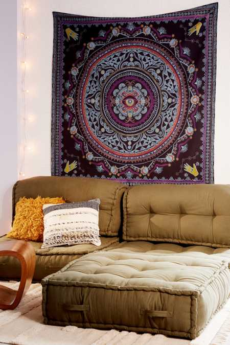 Nerita Medallion Tapestry