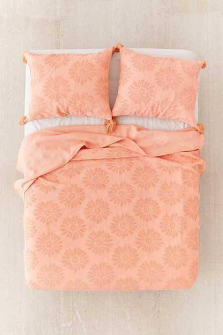 Dotty Daisy Bed Coverlet