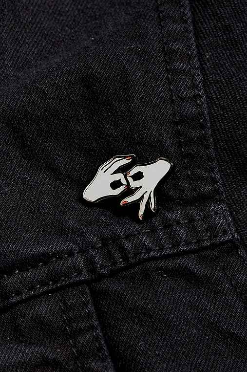 Pintrill Cancer Pin,GREY,ONE SIZE