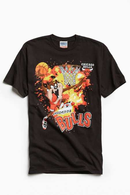 Junk Food Looney Tunes Chicago Bulls Tee