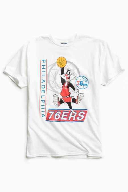 Junk Food Looney Tunes Philadelphia 76ers Tee