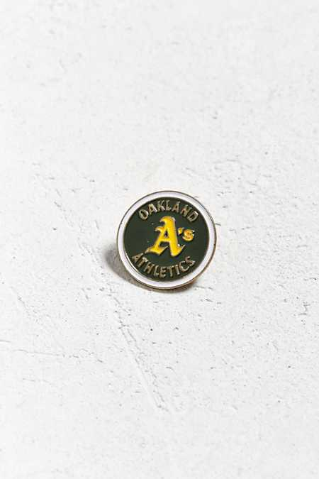 Vintage Oakland Athletics Pin