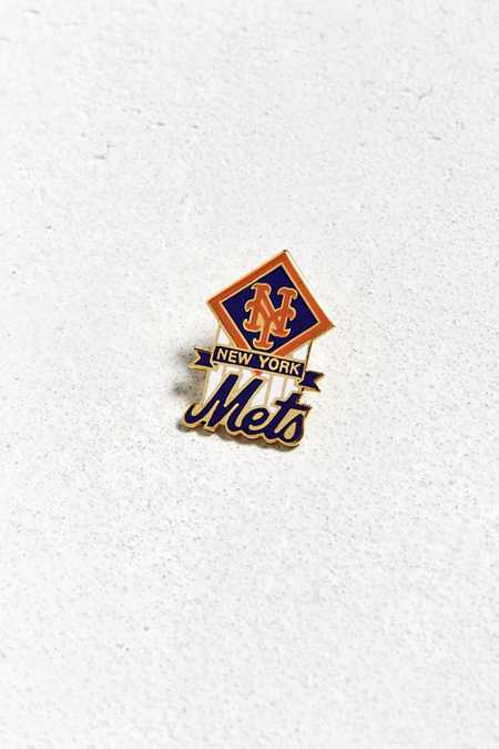 Vintage New York Mets Pin