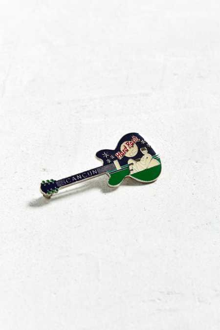 Vintage Hard Rock Cafe Cancun Guitar Pin