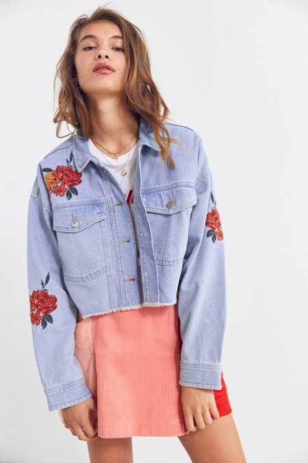 BDG Embroidered Rose Cropped Denim Trucker Jacket