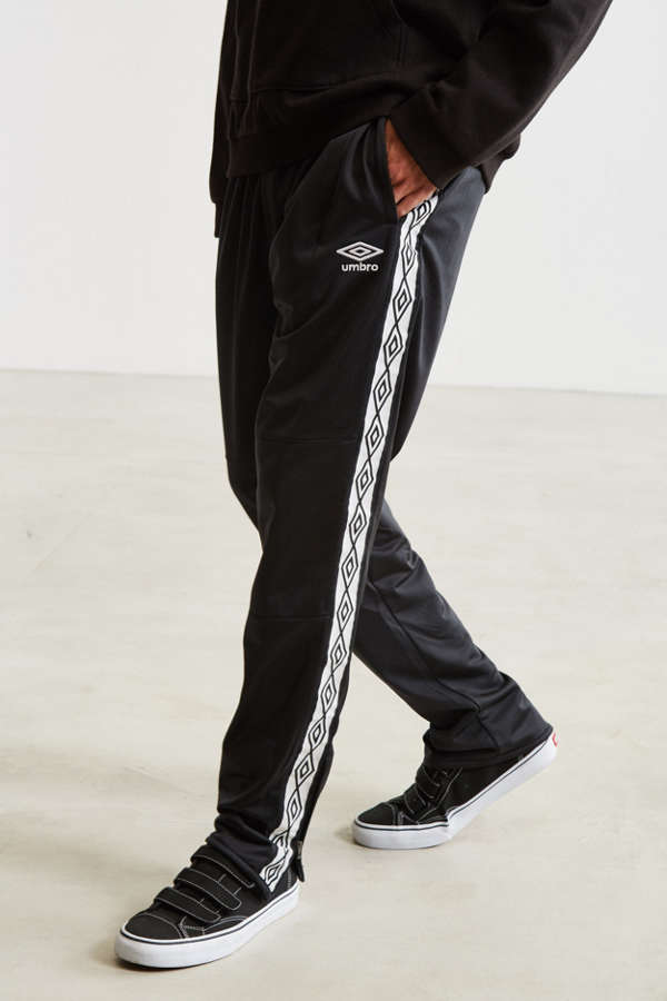 Neu Kappa Kappa Poly Tricot Banda Joggers With Poppers In Black