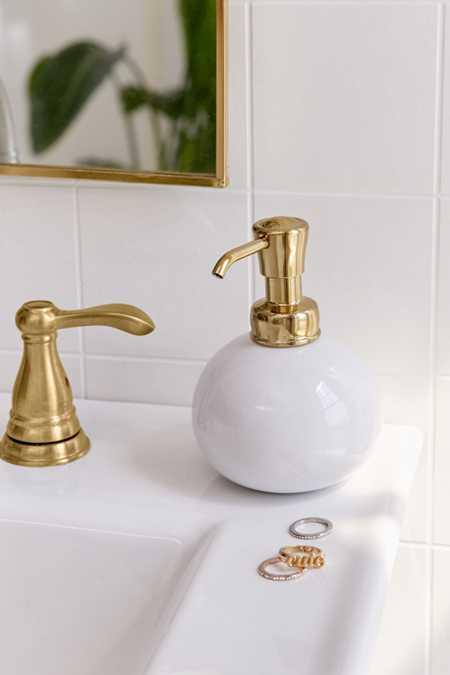 York Round Soap Pump