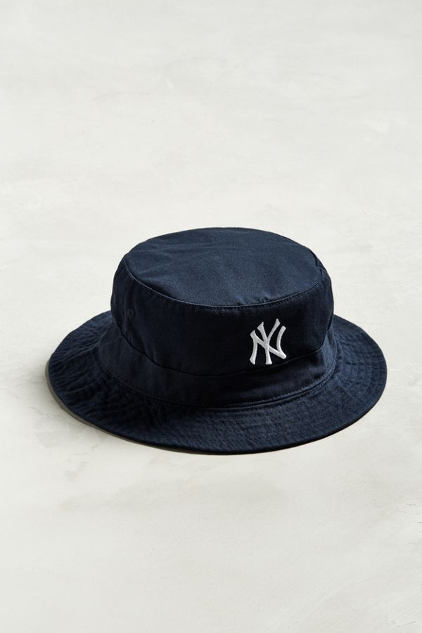 190879c5df3a0 Stussy Crushable Stock Lock Bucket Hat Urban Outfitters