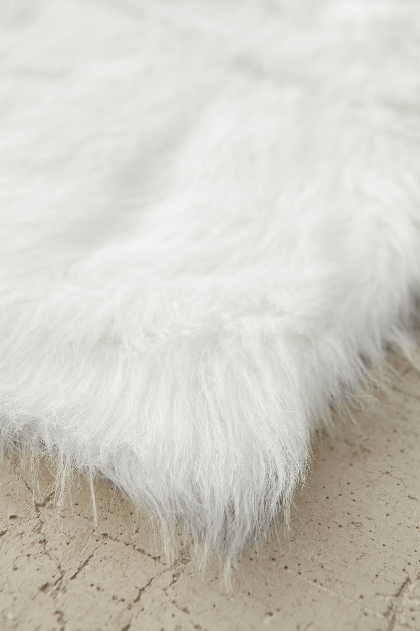 Slide View: 4: Faux Sheep Skin Rug