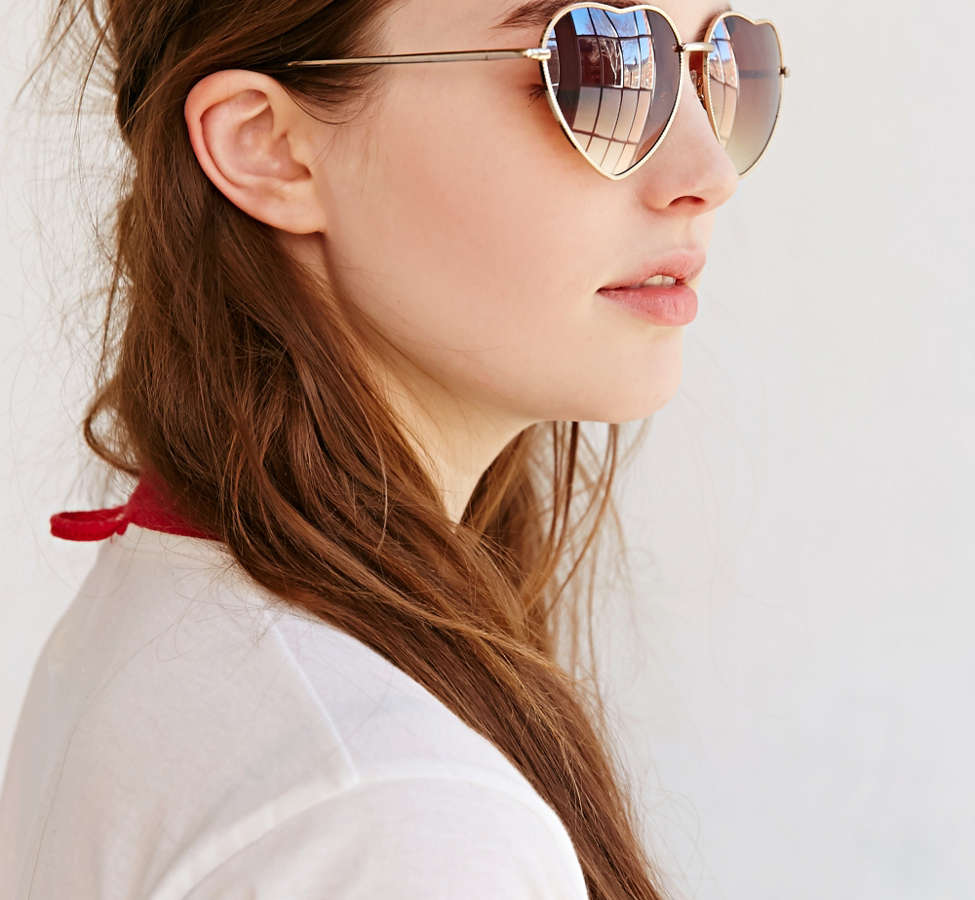 Slide View: 3: UO Heartbreaker Sunglasses
