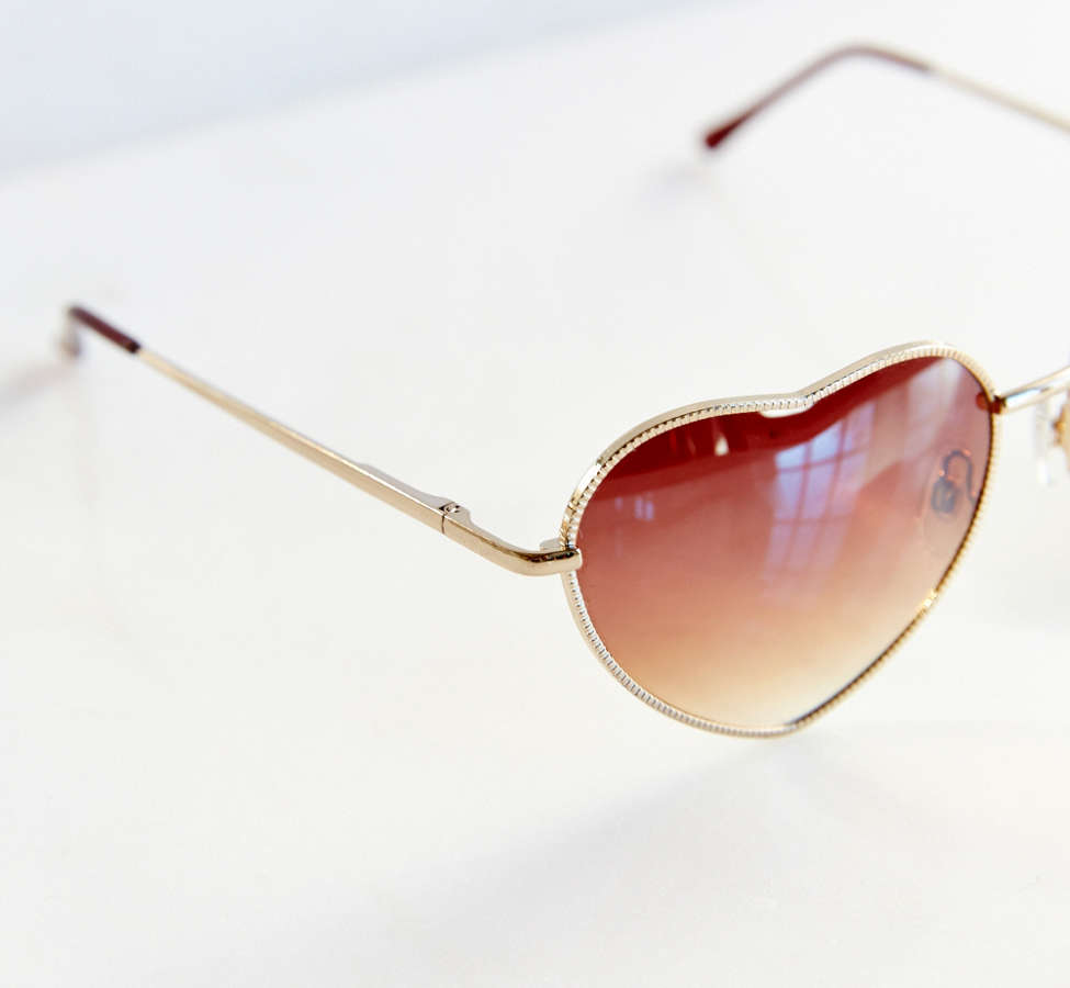 Slide View: 5: UO Heartbreaker Sunglasses
