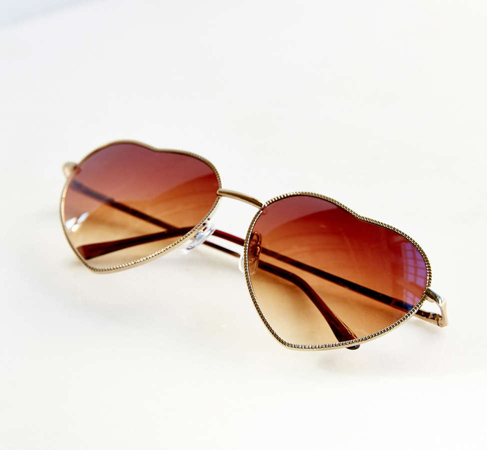 Slide View: 6: UO Heartbreaker Sunglasses
