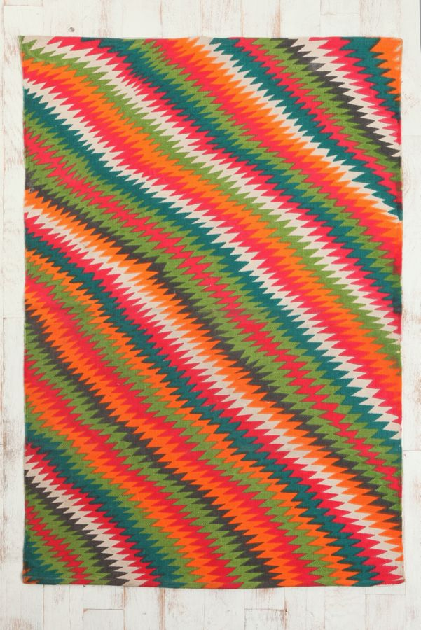 Your Urban Outers Gallery 4x6 Zigzag Rug