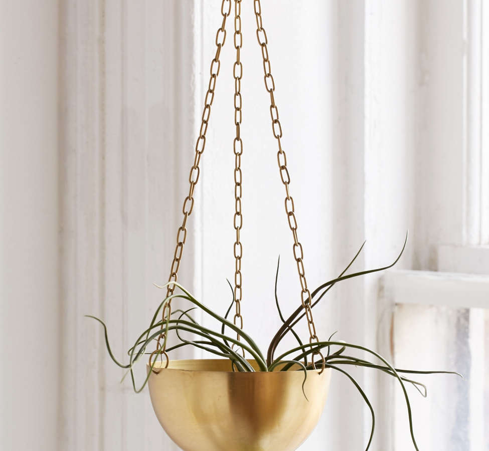 Slide View: 1: Hanging Metal Planter