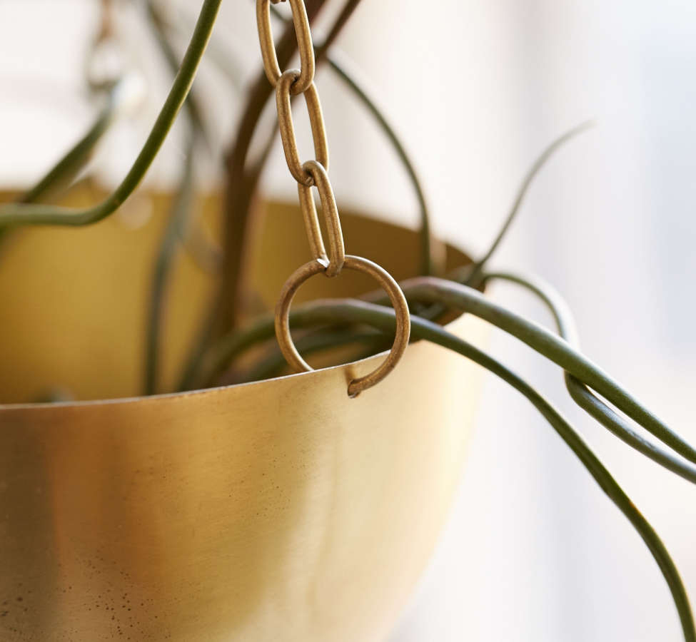 Slide View: 3: Hanging Metal Planter