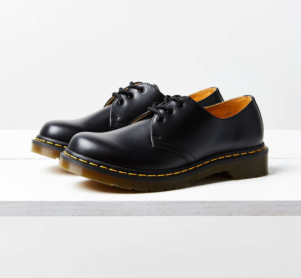 Slide View: 5: Dr. Martens 3-Eye Oxford
